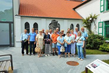 Van de Balenberg naar Molokaî! Busuitstap